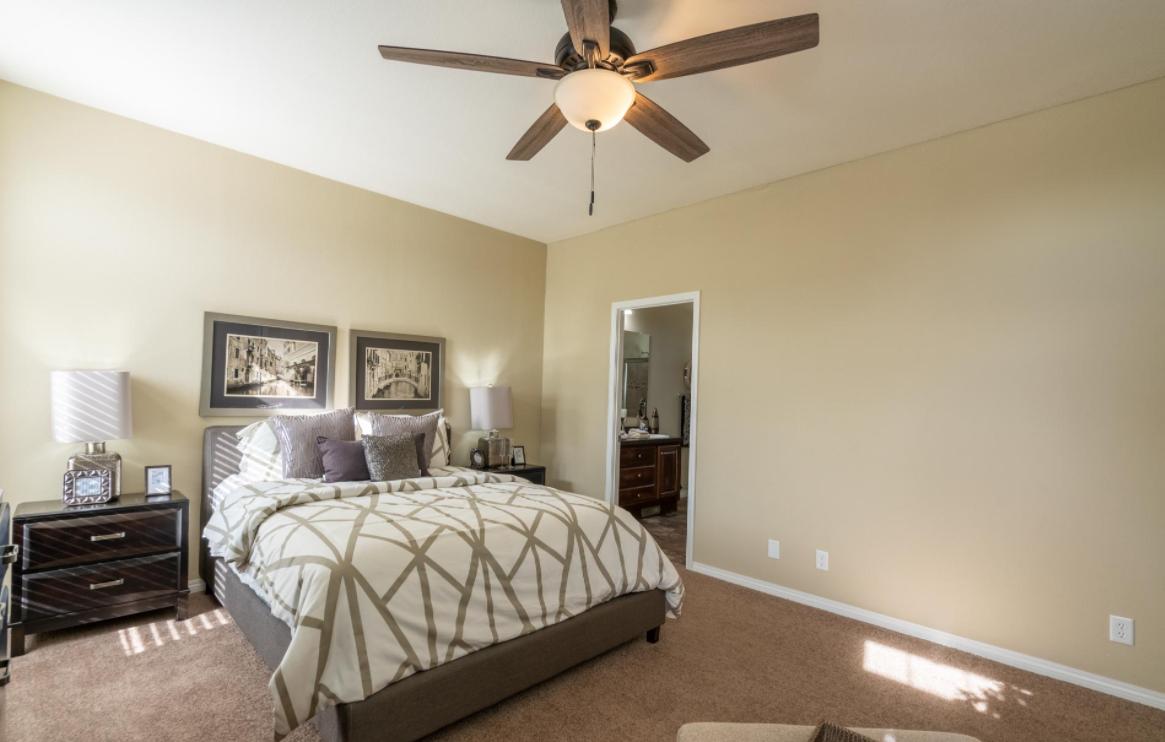 clayton golden west ck481F Bedroom