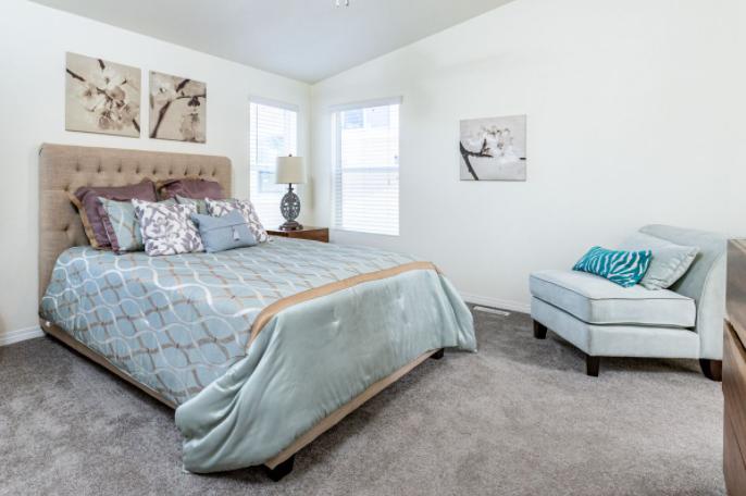 clayton golden west ck661F Bedroom
