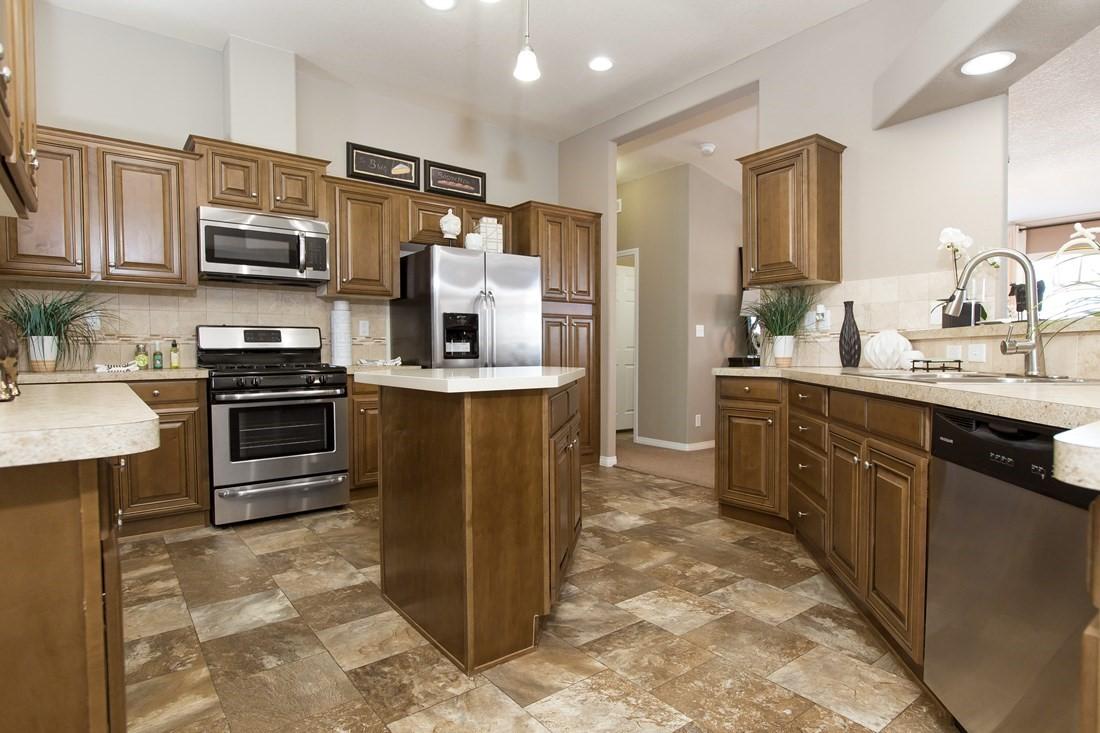 clayton golden west ge601k Kitchen