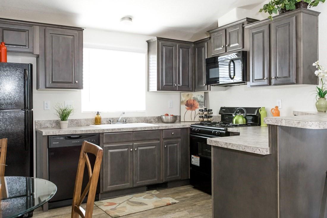 clayton golden west gle441a Kitchen