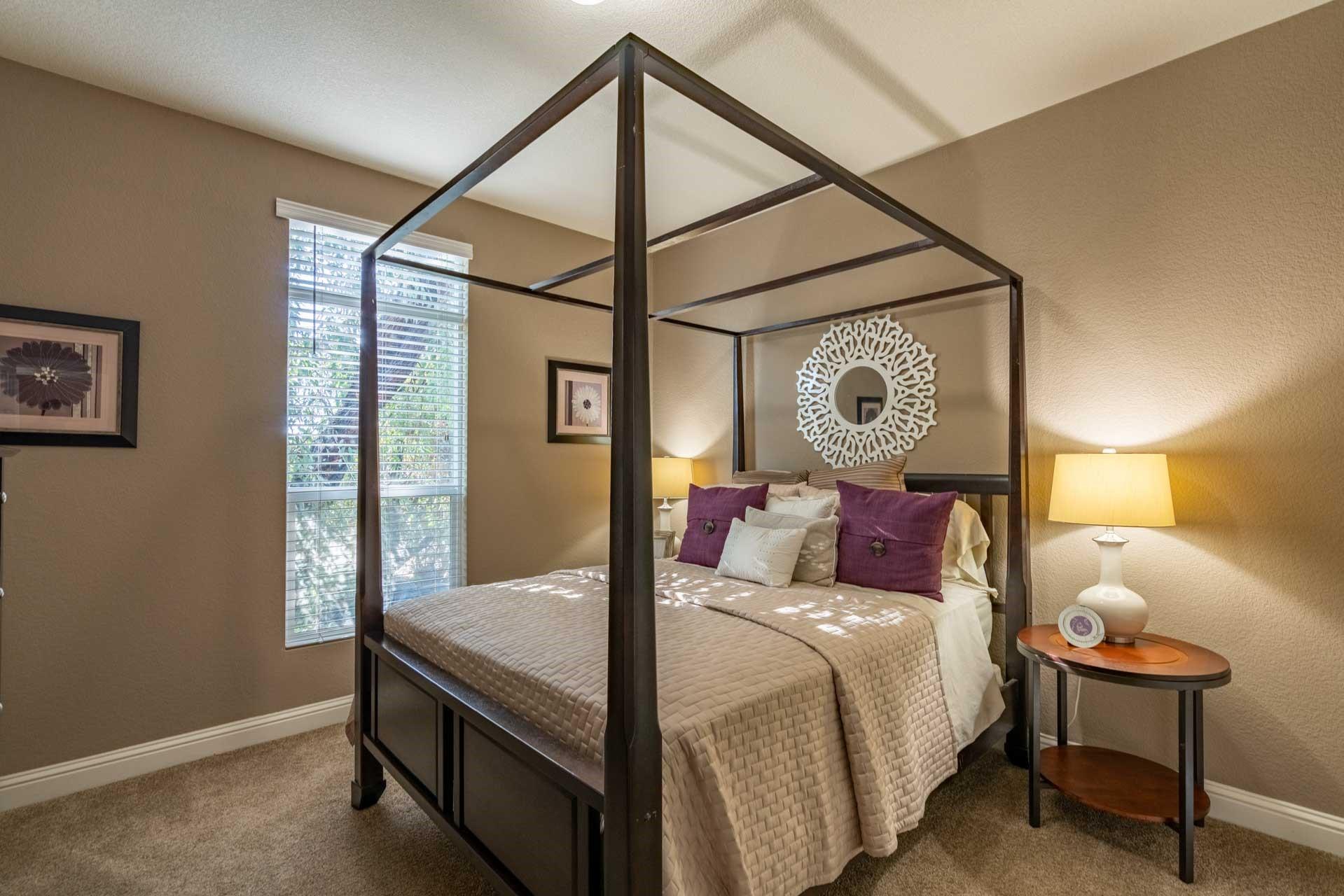 clayton golden west gle601s Bedroom