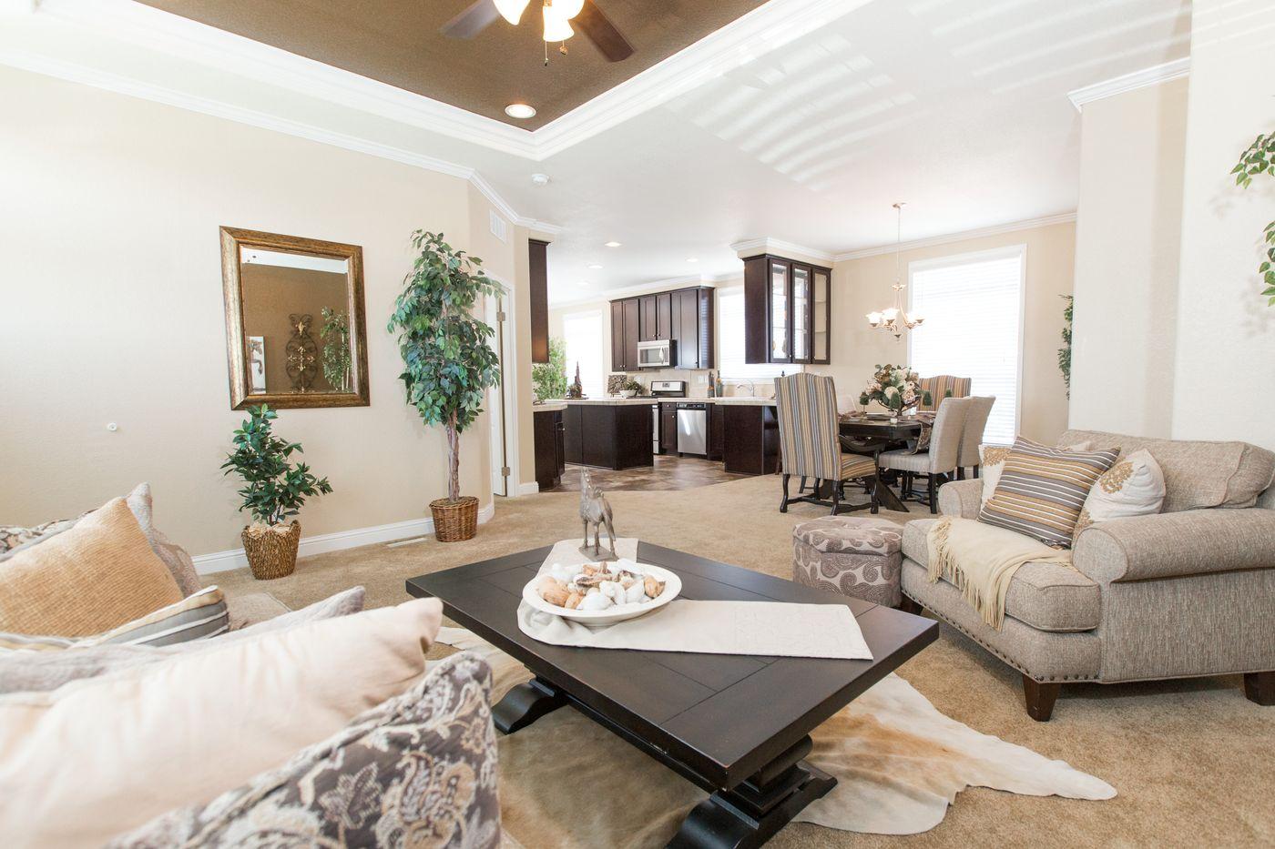 Clayton Golden West GLE562F Living Kitchen
