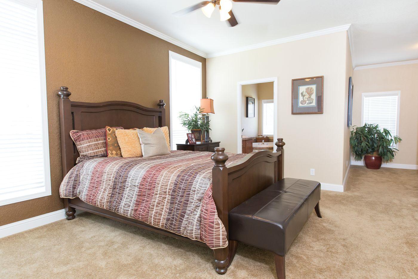 Clayton Golden West GLE562F Master Bedroom 2